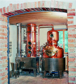 Water bath copper batch distillery equipment with